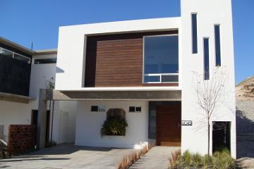 Foto de casa en venta en  , hacienda agua caliente, tijuana, baja california, 2727618 No. 01