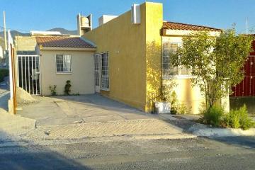 Foto de casa en venta en  256, hacienda las isabeles, saltillo, coahuila de zaragoza, 2897615 No. 01