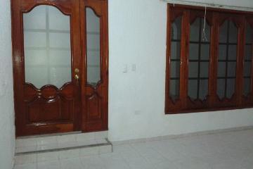 Foto de casa en venta en  , jose n rovirosa, centro, tabasco, 1958447 No. 01