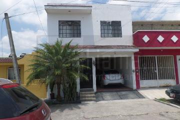Foto de casa en venta en  , la lomita, tepic, nayarit, 2591619 No. 01