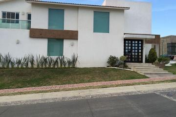Foto principal de casa en renta en la vista contry club 2868840.