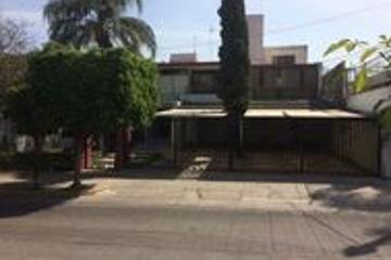 Foto de casa en venta en  , ladrón de guevara, guadalajara, jalisco, 2837992 No. 01