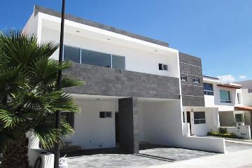 Foto de casa en condominio en venta en lago yuriria 0, cumbres del lago, querétaro, querétaro, 2128030 No. 01