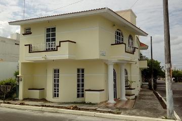 Foto principal de casa en renta en laguna real 2766462.