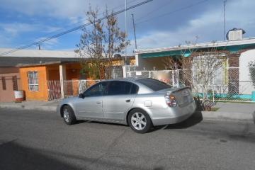 Foto de casa en venta en  , las granjas, chihuahua, chihuahua, 2598057 No. 01