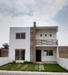 Foto principal de casa en venta en lázaro cárdenas 2104136.