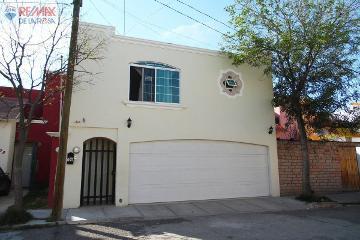 Foto de casa en venta en  , loma bonita ii, durango, durango, 2722042 No. 01
