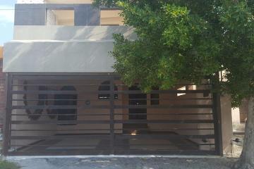Foto de casa en venta en  , lomas de escobedo i, general escobedo, nuevo león, 2874882 No. 01