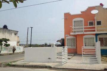 Foto de casa en renta en  , lomas de rio medio iii, veracruz, veracruz de ignacio de la llave, 0 No. 01