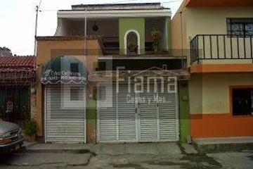 Foto de casa en venta en  , magisterial, tepic, nayarit, 1068397 No. 01