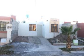 Foto de casa en venta en  498, saltillo 2000, saltillo, coahuila de zaragoza, 2944503 No. 01