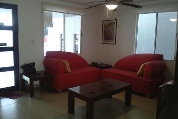 Foto de casa en venta en  , misión de anáhuac 1er sector, general escobedo, nuevo león, 454523 No. 01