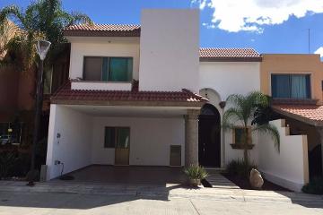 Foto de casa en venta en  , misión del campanario, aguascalientes, aguascalientes, 2792108 No. 01