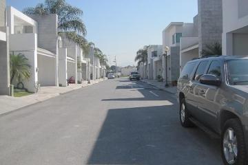 Foto principal de casa en renta en misión del valle 2994771.