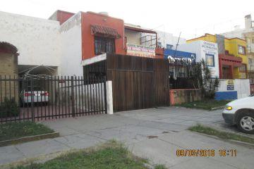 Foto principal de casa en venta en moderna 2764638.