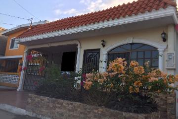 Foto de casa en venta en nicolas bravo 304, hipódromo, ciudad madero, tamaulipas, 0 No. 01