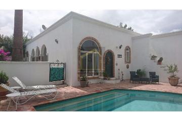 Foto de casa en venta en  , nogalar del campestre, saltillo, coahuila de zaragoza, 2912197 No. 01