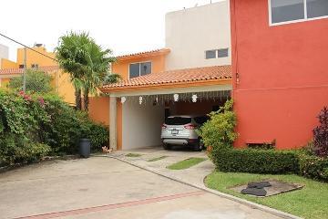 Foto de casa en venta en paseo de las flores , tierra colorada, centro, tabasco, 0 No. 01