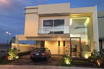 Foto de casa en venta en paseo la toscana , valle real, zapopan, jalisco, 0 No. 01