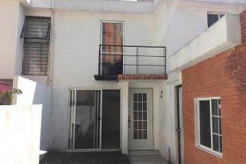 Foto principal de casa en renta en paseos de taxqueña 2496130.
