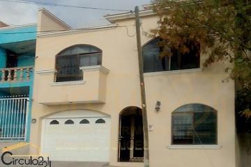 Foto principal de casa en venta en pirineos, lomas del campestre 2989446.