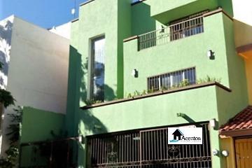 Foto de casa en venta en plaza españa , jardines del paseo 1 sector, monterrey, nuevo león, 2798975 No. 01