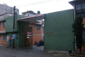 Foto de casa en venta en  , presidentes de méxico, iztapalapa, distrito federal, 1787090 No. 01