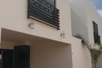 Foto de casa en venta en  , 7 regiones, oaxaca de juárez, oaxaca, 2433847 No. 01