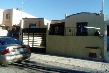Foto de casa en venta en privada josé ma. dávila flores 132, vista hermosa, saltillo, coahuila de zaragoza, 0 No. 01