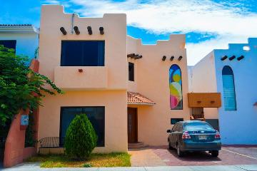 Foto de casa en renta en  , pueblo nuevo, la paz, baja california sur, 0 No. 01