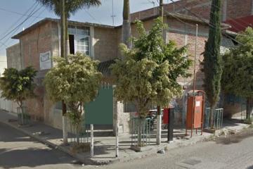 Foto de casa en venta en puente de ixtla #107 esquina carlos peralta carlos peralta, tierra y libertad, celaya, guanajuato, 2653450 No. 01