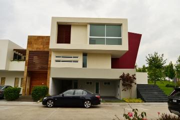 Foto de casa en venta en  , puerta del bosque, zapopan, jalisco, 1039461 No. 01