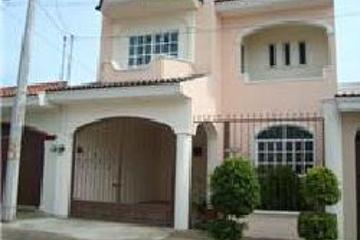 Casas en venta en puerta del sol xalisco nayarit for Inmobiliaria puerta del sol