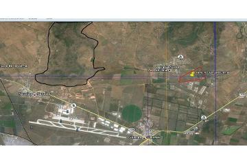 Foto principal de terreno habitacional en venta en queretaro frente a aeropuerto , san isidro miranda 2872467.