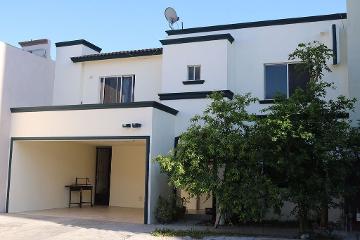 Foto de casa en venta en  , quintas de anáhuac, general escobedo, nuevo león, 2610059 No. 01