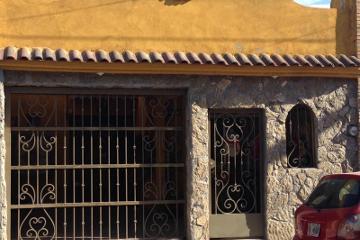 Foto de casa en venta en  , saltillo zona centro, saltillo, coahuila de zaragoza, 1586994 No. 01