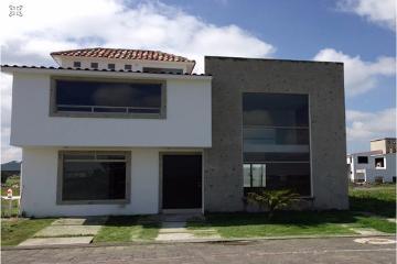 Foto de casa en venta en  , san miguel totocuitlapilco, metepec, méxico, 1302951 No. 01