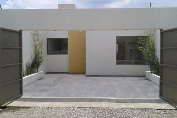 Foto de casa en venta en  , san miguel totocuitlapilco, metepec, méxico, 2501605 No. 01