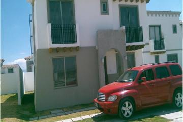 Foto de casa en venta en  , san miguel totocuitlapilco, metepec, méxico, 2835515 No. 01