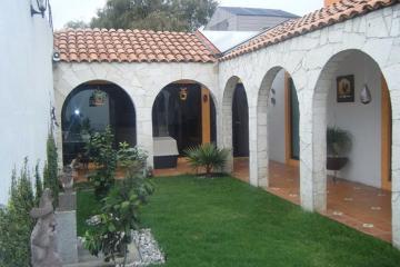 Foto de casa en venta en  , san miguel totocuitlapilco, metepec, méxico, 2937414 No. 01