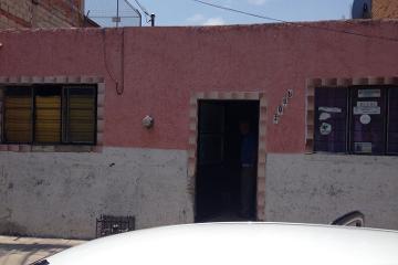 Foto de casa en venta en  , santa cecilia 1a. sección, guadalajara, jalisco, 1317789 No. 01
