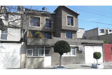 Foto de casa en venta en  , santa cruz meyehualco, iztapalapa, distrito federal, 2734387 No. 01