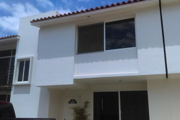 Foto principal de casa en renta en santa cruz xoxocotlan 2433837.