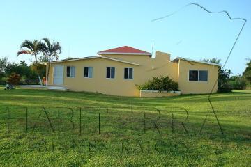 Foto de casa en renta en  , santiago de la peña, tuxpan, veracruz de ignacio de la llave, 1183347 No. 01