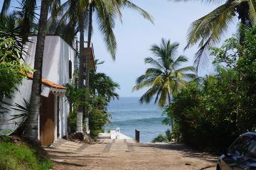 Foto de terreno habitacional en venta en  , sayulita, bahía de banderas, nayarit, 2830834 No. 01