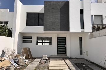 Foto de casa en venta en senda del amor , milenio iii fase a, querétaro, querétaro, 2830527 No. 01