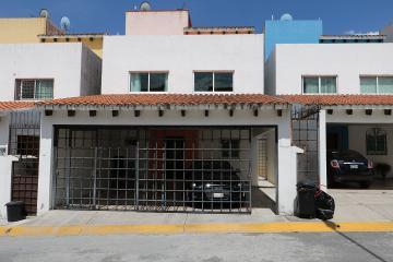 Foto de casa en venta en  , urbano bonanza, metepec, méxico, 2737824 No. 01