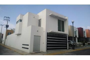 Foto de casa en venta en  , urbano bonanza, metepec, méxico, 2747800 No. 01