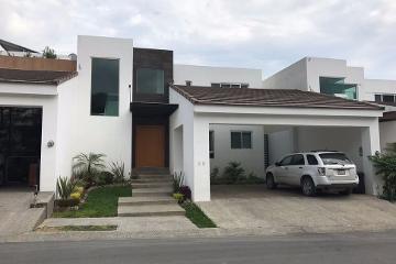 Foto de casa en venta en  , valles de cristal, monterrey, nuevo león, 2515880 No. 01