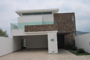 Foto de casa en venta en  , valles de cristal, monterrey, nuevo león, 2757200 No. 01
